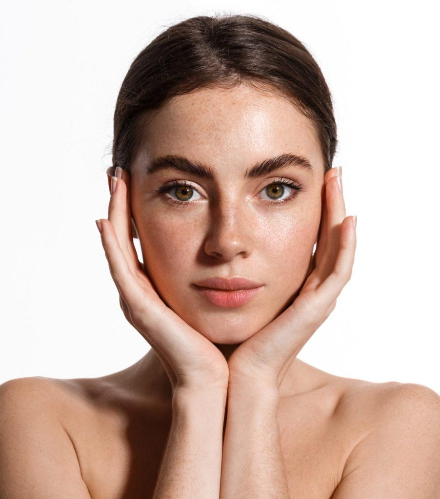 Protecting skincare numelab switzerland woman