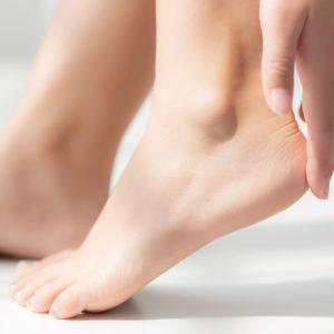 woman numelab feet